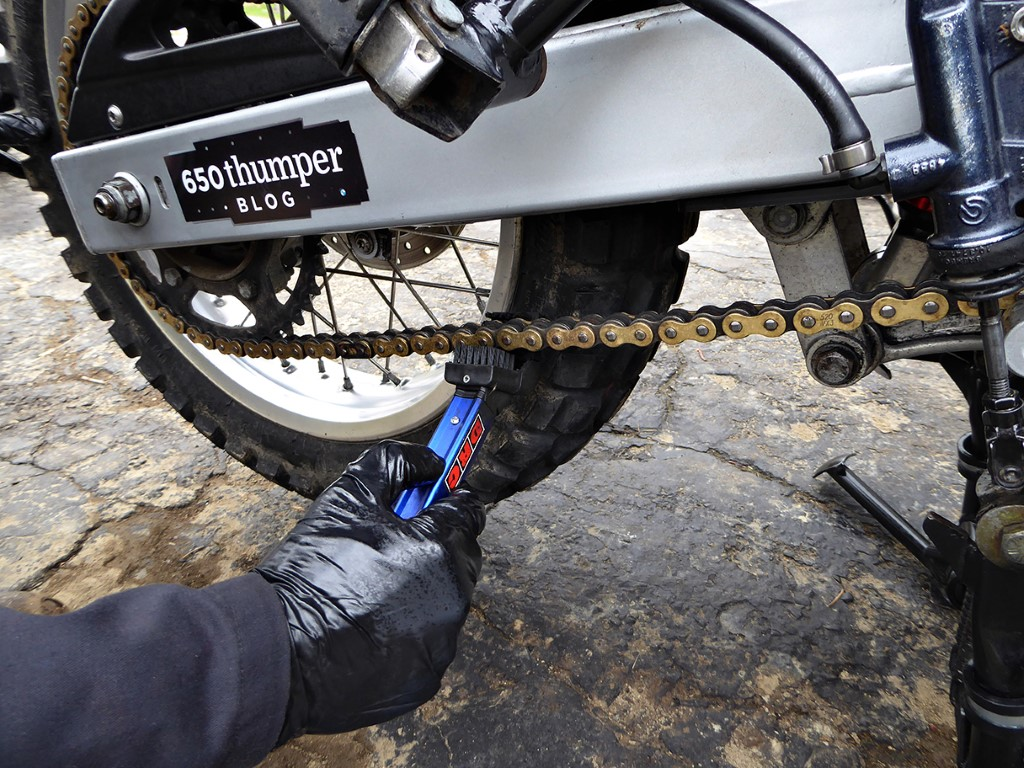 How to prepare your bike for storage Step 3: Clean and lube the chain